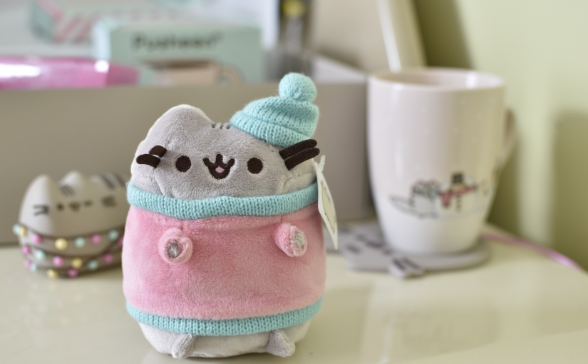 Unboxing ! Pusheen Box Winter 2017